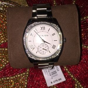 Gorgeous NWT Michael Kors Watch